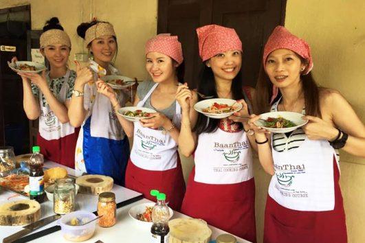 ทัวร์ทำอาหารไทย