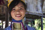 กระเหรี่ยงคอยาว chiang rai white temple one day tour