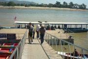 เรือชมแม่น้ำโขง chiang rai white temple one day tour