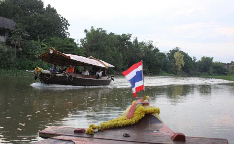 เรือ maeping river cruise