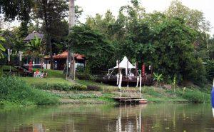 รีสอร์ทริมแม่น้ำปิง maeping river cruise