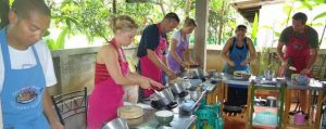 ทัวร์ทำอาหารไทย บรรยากาศทุ่งนา ชานเมือง เชียงใหม่