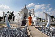 วัดร่องขุ่น chiang rai white temple one day tour