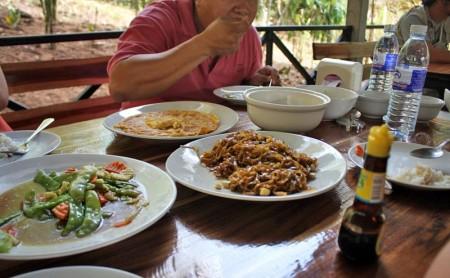 อาหารกลางวัน ที่ Eagle Track เชียงใหม่